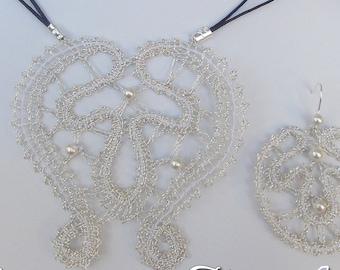 Bobbin Lace Pattern: Moon (pendant and earrings)