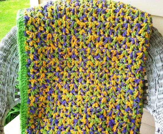 Crochet Pattern For A Quick Easy Crochet Afghan Using Bernat Baby