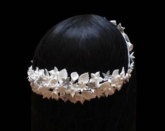 Bridal flower crown. Bridal white headpiece. Wedding crown. Floral headpiece. Bridal hair wreath. Porcelain flower crown. Bridesmaid crown.