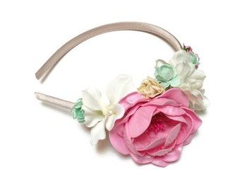 Flowergirl headband. Flowergirl headpiece. Pink, ivory and green flower headband. Floral headband. Flower headband. First communion headband