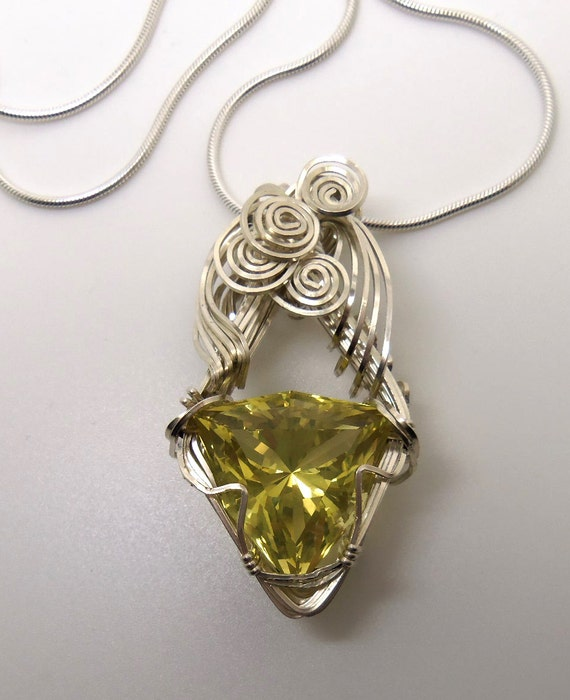 29 Carat Lemon Citrine Gemstone Pendant