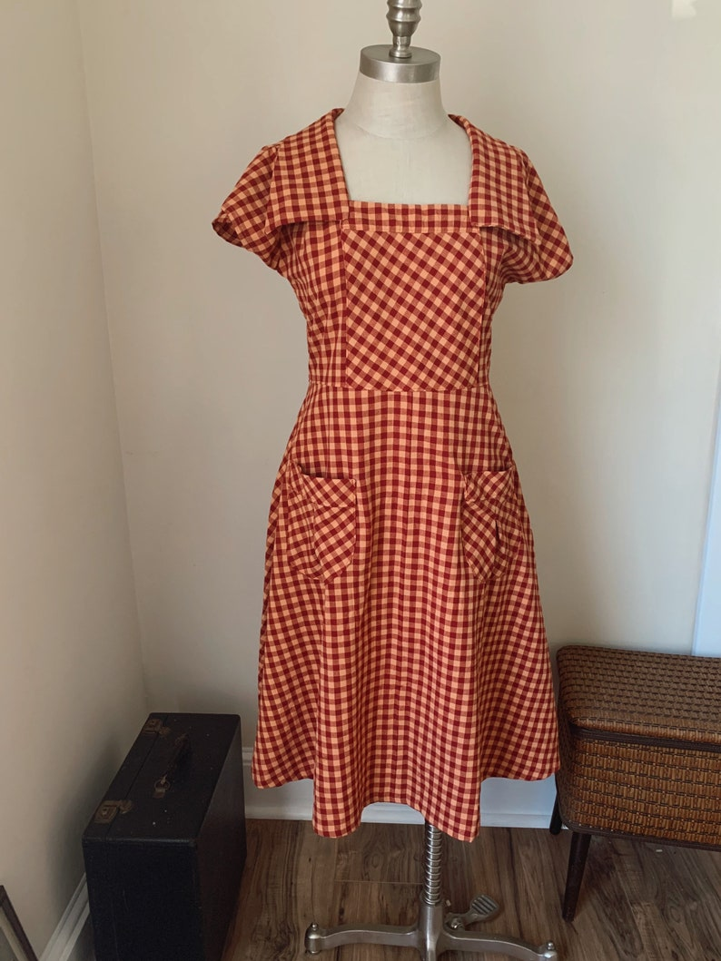 1920s Day Dresses, Tea Dresses, Mature Dresses with Sleeves Beulah Dress 1923 / 1920's dress / Cotton 20's dress / depression era dresses / early 1920s $128.00 AT vintagedancer.com