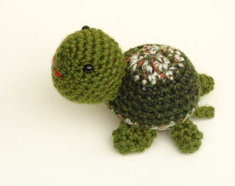 Crochet Turtle Toy, Amigurumi Toy, Crocheted Small Toy, Stuffed Turtle, Camo Toy, Amigurumi Turtle, Small Kids Toy, Turtle, Ready to Ship