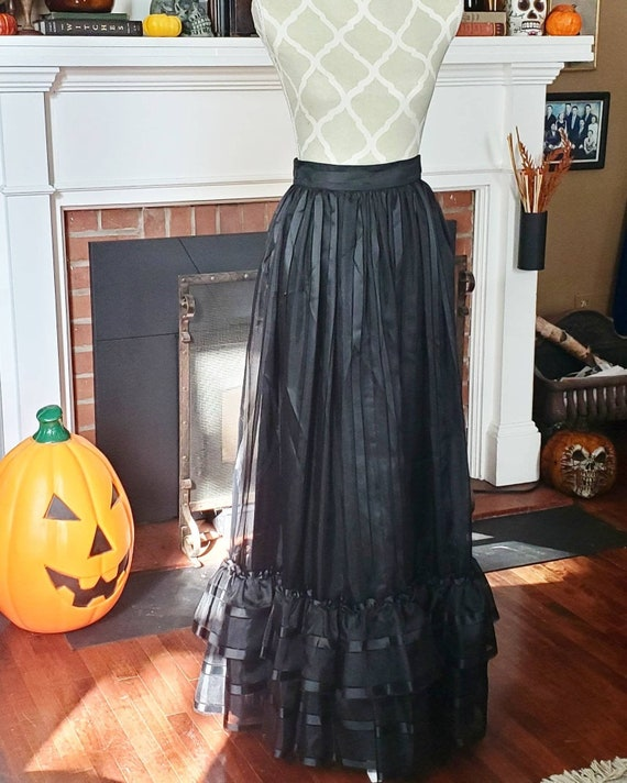 Vintage victorian style gothic skirt