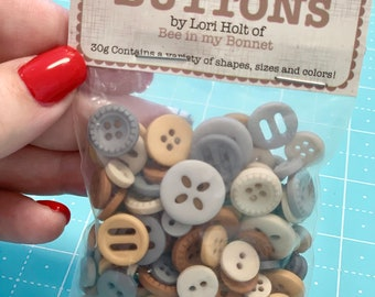 Cute Little Buttons - FARMHOUSE - by Lori Holt of Bee in my Bonnet