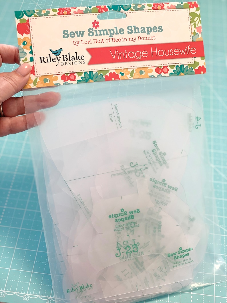 Sew Simple Shapes  VINTAGE HOUSEWIFE image 0