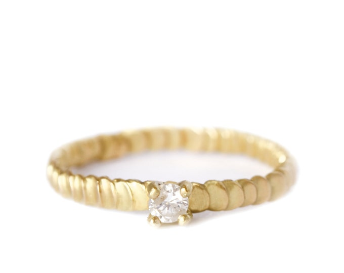 Featured listing image: Diamond gold ring Frieda style -textured with granulation band