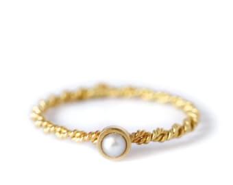 Pearl and gold ring - Juliette's ring - pearl ring - women ring