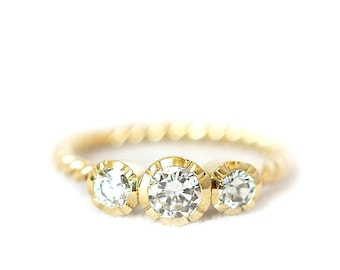 Trilogy ring - conflict free diamond - 18ct yellow gold - vintage style setting - made to order