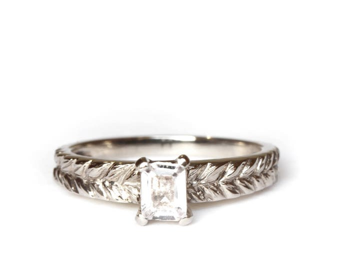 Radiant cut white sapphire ring - Josephine's ring - 18 ct grey gold