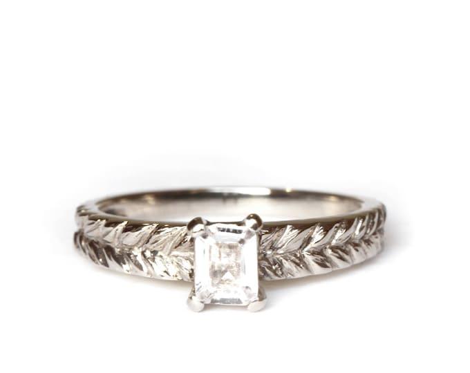 Size US 6 - Size UK M 1/2 - Octogon gemstone sapphire - Josephine's ring - 18 ct gold