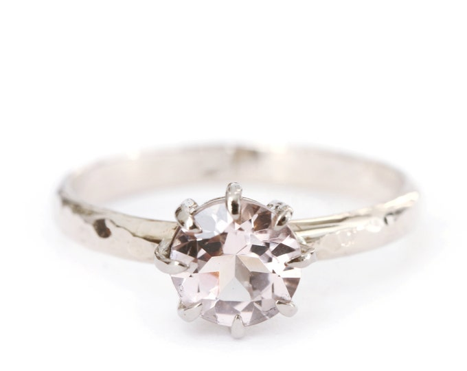 Size US 8 1/2 - UK Q 1/2 - hammered morganite ring  18ct grey gold -  Ready to ship!