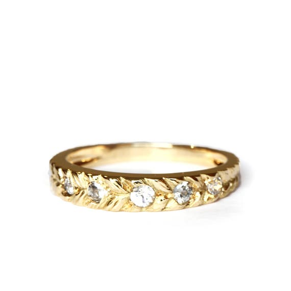 Stacking ring - white sapphire - gold - 18ct - alternative ring - rapunzel ring - gold band - texture ring - stackable ring