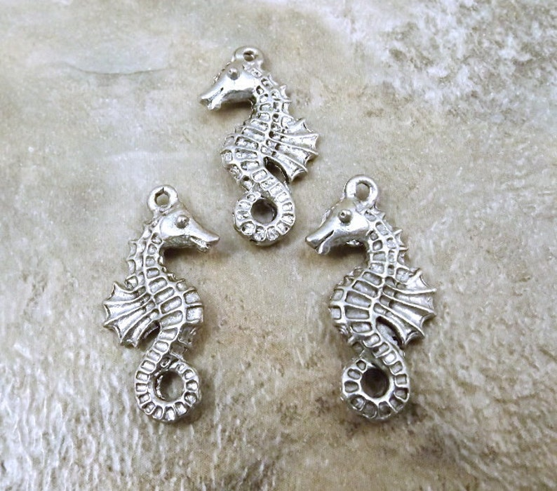Set of 3 Pewter Seahorse Charms 5435