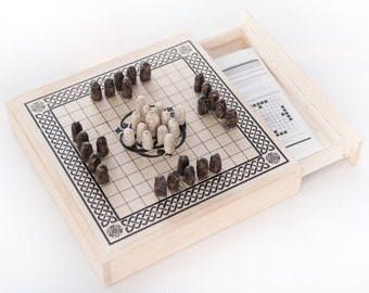 Hnefatafl - Viking Chess - Handmade in wood - white