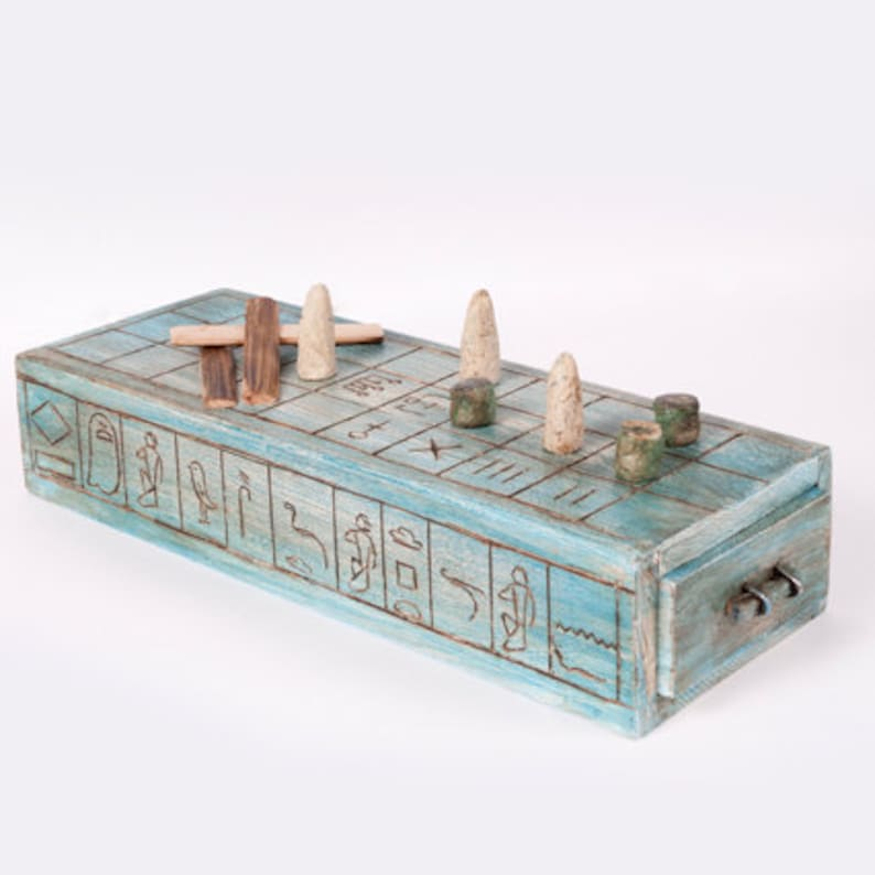Senet: board game from Ancient Egypt image 0