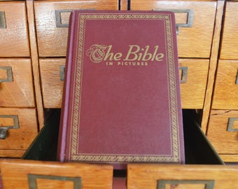 Old Book/The Bible in Pictures, 1952