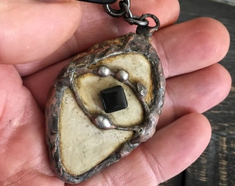 Stone Pendant Necklace 3