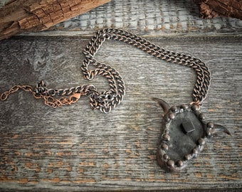 Stone Pendant Necklace with Coyote Claws 5
