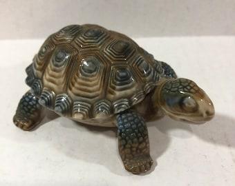 Wade England Turtle Box