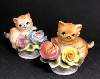 Vintage Kitty in Flower Pots Salt and Pepper Shakers