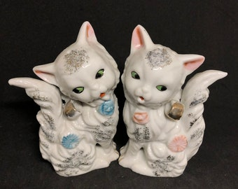"""5"""" Kitten Salt & Pepper Shakers"""