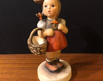 Goebel Hummel Little Shopper #96