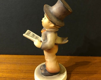 Goebel Hummel Lamplight Caroler 131