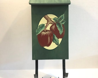 Tender Heart Apple Mailbox
