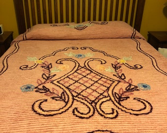 Vintage Pink Chenille Queen Size Bed Cover