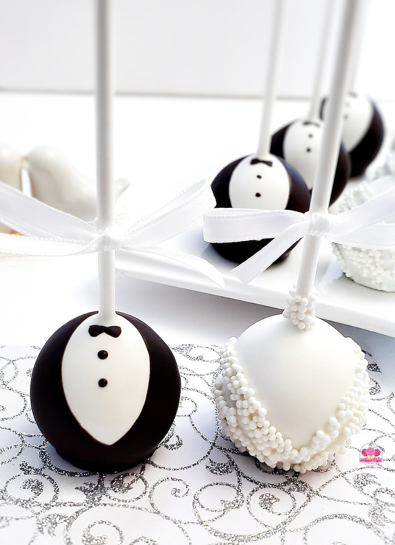 Wedding Cake Pops image 0