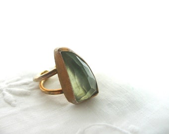 Green quartz ring - modernist green quartz and gold plated ring - artisan pale green quartz ring - chunky pale green quartz ring