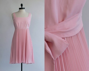 3d50647086faf Pink 60s Dress | Vintage Accordion Pleated Dress | Soft Kiss Dress