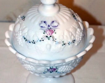 Vintage 1970s Westmoreland Elegant Milk Glass With Hand Painted Forget Me Not Flowers Decoration Old Quilt Pattern 7.5l Covered Butter Dish