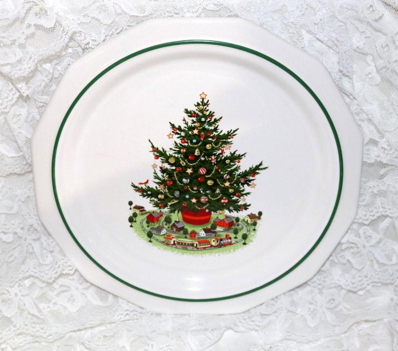 Dinner Plate Pfaltzgraff Christmas Heritage ALL Original Barely Used