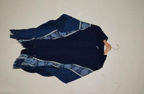 9cf7e4f910457 Vintage 90s Boho Shawl Southwestern Aztec Sweater Shawl