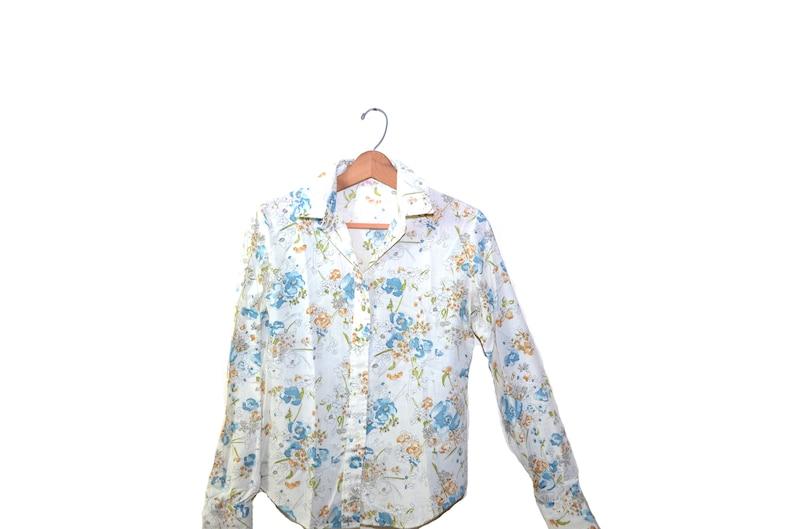 Vintage Blue Prairie Shirt Blue Floral Print Top Pioneer Shirt Boho Hippy Festival Shirt