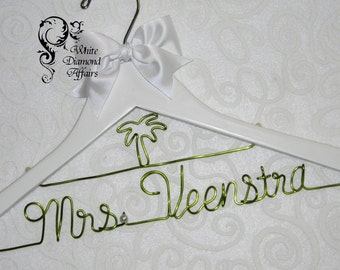 Palm Tree Personalized Beach Themed Wedding Bridal Hanger, Destination Wedding Dress Hanger, Personalized Bridal Gift - Wire Name Hanger