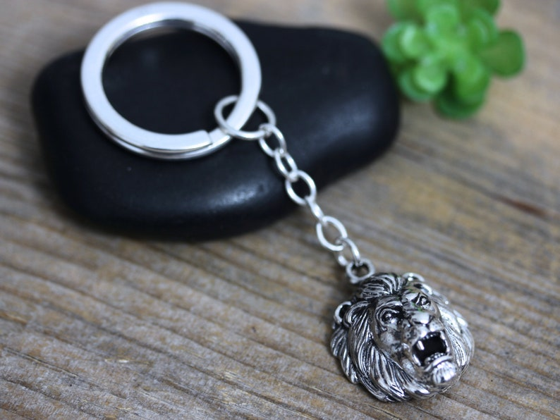 deafe261bbc2 925 Sterling silver Lion Keychain. Mens Silver KeyChain