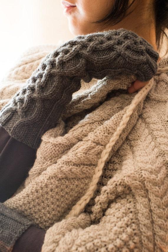 Celtic wristwarmers - celtic fingerless gloves - fingerless gloves - fingerless mittens - aran mittens - cable knit armwarmers - merino wool