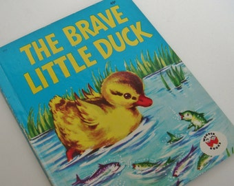 Vintage Hardcover 1974 The Brave Little Duck Made By Wonder Books