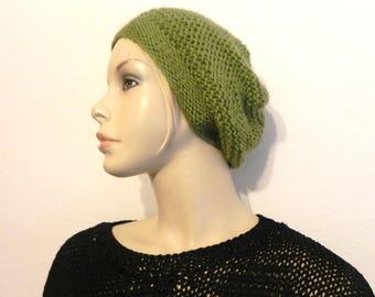 7fc9447aec87 Berretto in lana mohair lavorato a maglia mano aghi verde accessori di  tendenza fresco di moda inverno donna di Porto offerto