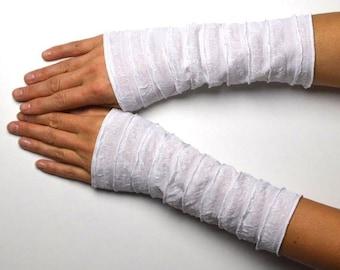 Arm warmers cuffs ruffle cuffs chic white arm warmer hand jewelry sleeves cuffs