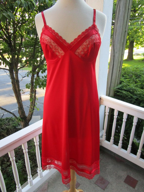 Vintage Nylon Stretch Tricot Chemise  Black short slip nightgown  size Lge