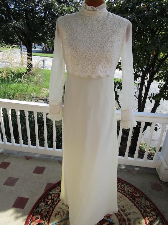 1970s Ecru Wedding Dress