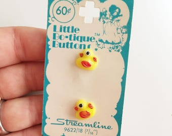 deadstock plastic vintage yellow rubber ducky 80's buttons by little bo*tique by streamline