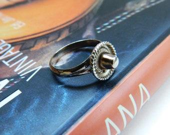 Sterling Silver Sombrero Ring / Vintage Mexico