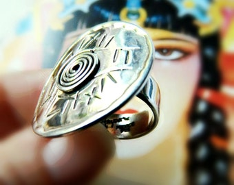 Large Sterling Silver Tribal Ring / Vintage Mexico