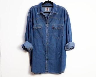 7381e6c581 Blue Denim Shirt Vintage Denim Button Up Shirt Men s XL Denim Shirt Vintage Blue  Denim Button Down Shirt Blue Chambray Denim Extra Large Top