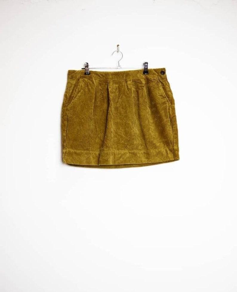Yellow Corduroy Skirt Vintage Cord Mini-Skirt Large Women/'s Corduroy Mini Skirt Vintage Mustard Yellow Cord Skirt Large Yellow Mini-Skirt L